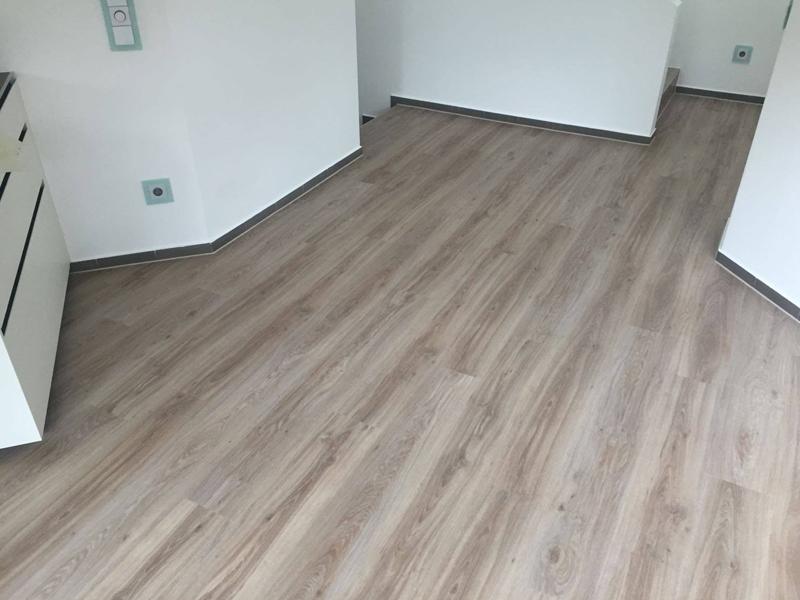 hessbrueggen-malermeister-bodenbelaege-verlegen-vinylboden